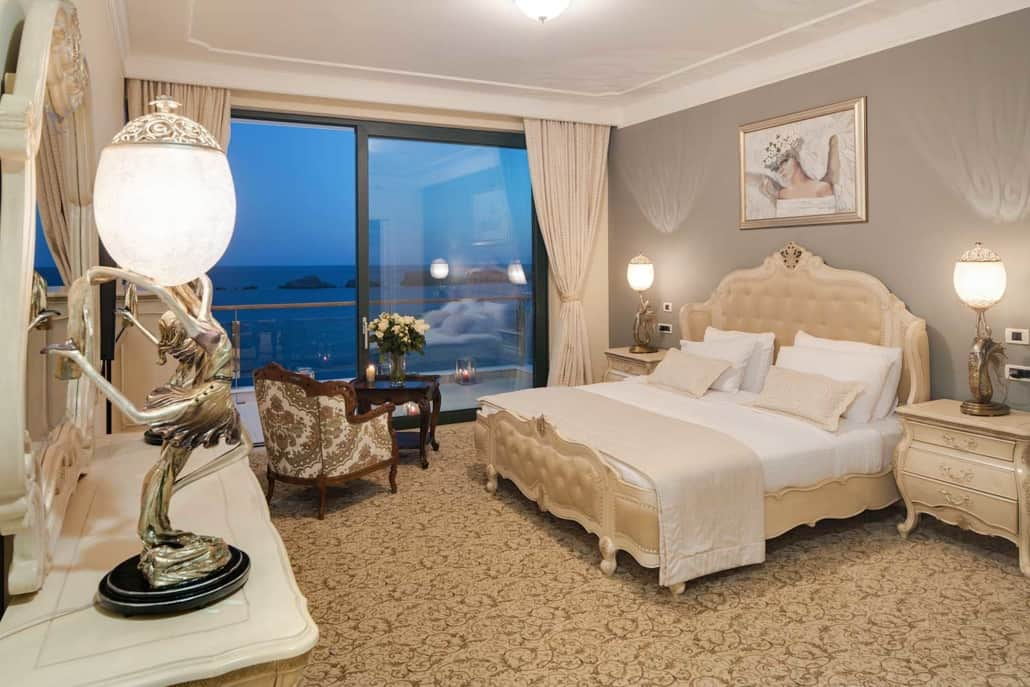 ROYAL-PRINCESS_presidential-suite